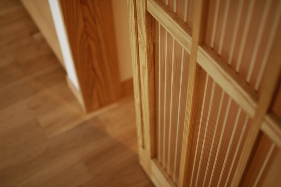 リビングドア造作無垢床 ツインカーボ